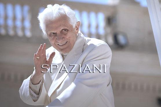 Papa_Benedetto_XVI_udienza_generale_13_a